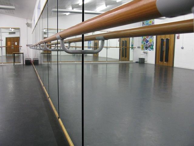 出口专用墙壁舞蹈把杆